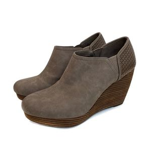 Dr. Scholls Womens Brown Wedge Booties